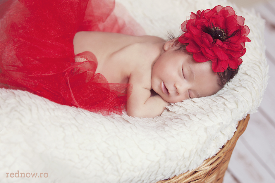 Mayra-newborn-rednow-photography-07