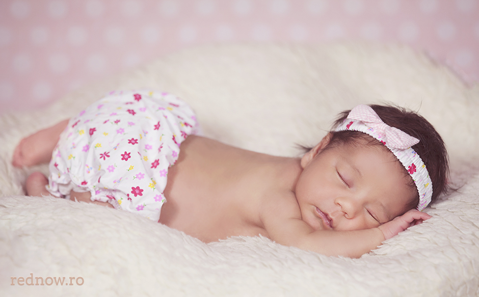 Mayra-newborn-rednow-photography-11