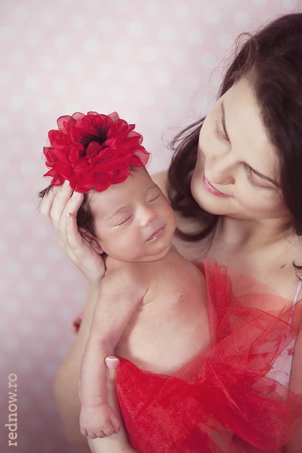 Mayra-newborn-rednow-photography-23