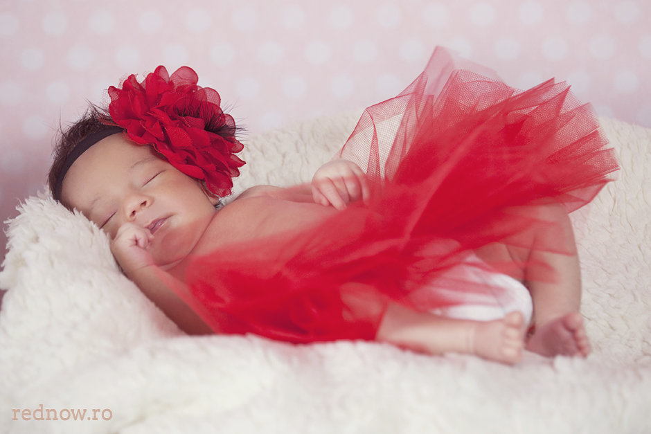 Mayra-newborn-rednow-photography-26