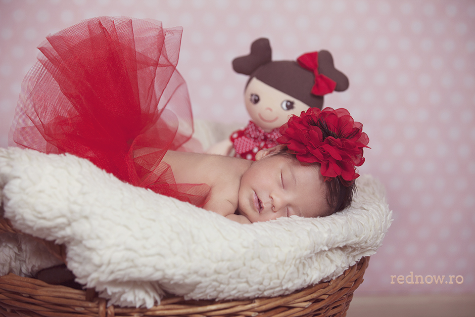 Mayra-newborn-rednow-photography-28