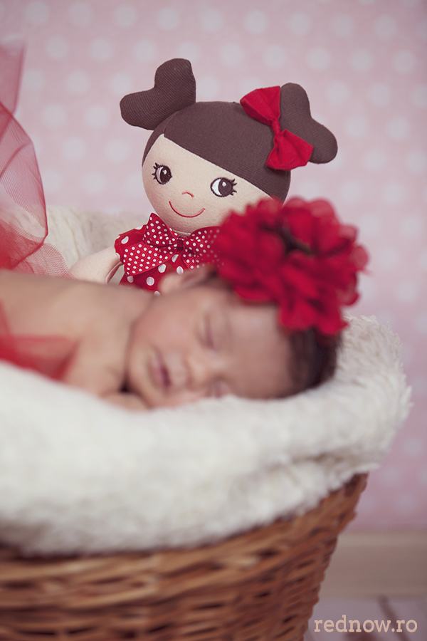 Mayra-newborn-rednow-photography-29